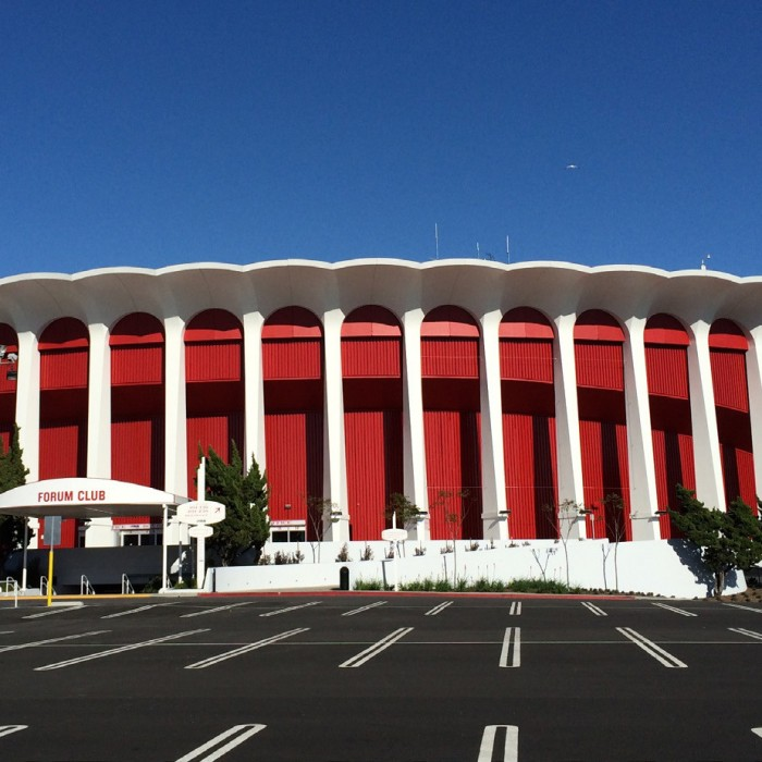 The Los Angeles Forum Renovations - Inglewood, CA - Photo: Rita Pepaj/Wikimedia